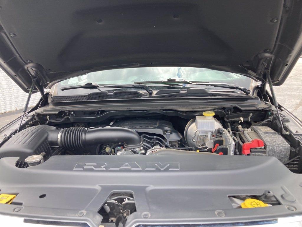 2019 RAM 1500 4x4 Crew Cab