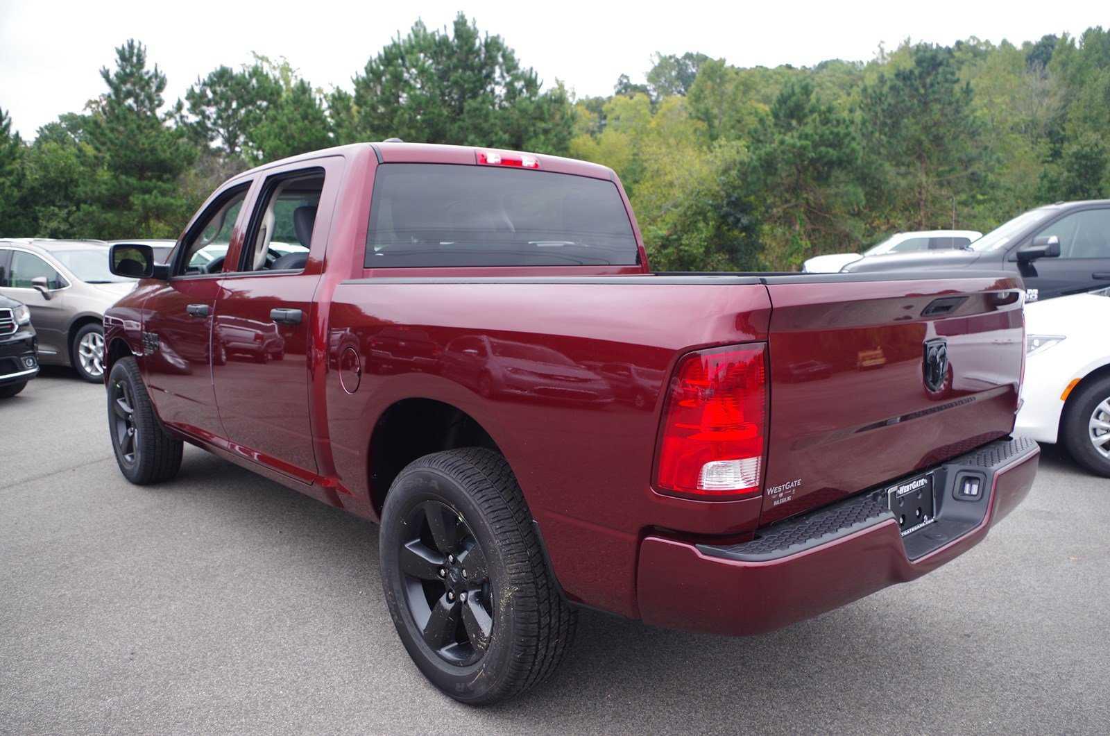 Dodge Ram 1500 2019 $32429.00 incacar.com