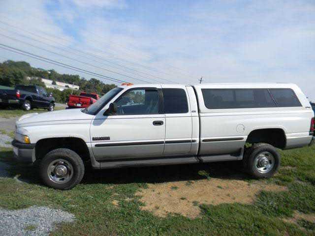 Dodge Ram 2500 1999 $9995.00 incacar.com