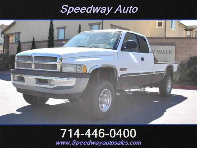 Dodge Ram 2500 1999 $10000.00 incacar.com