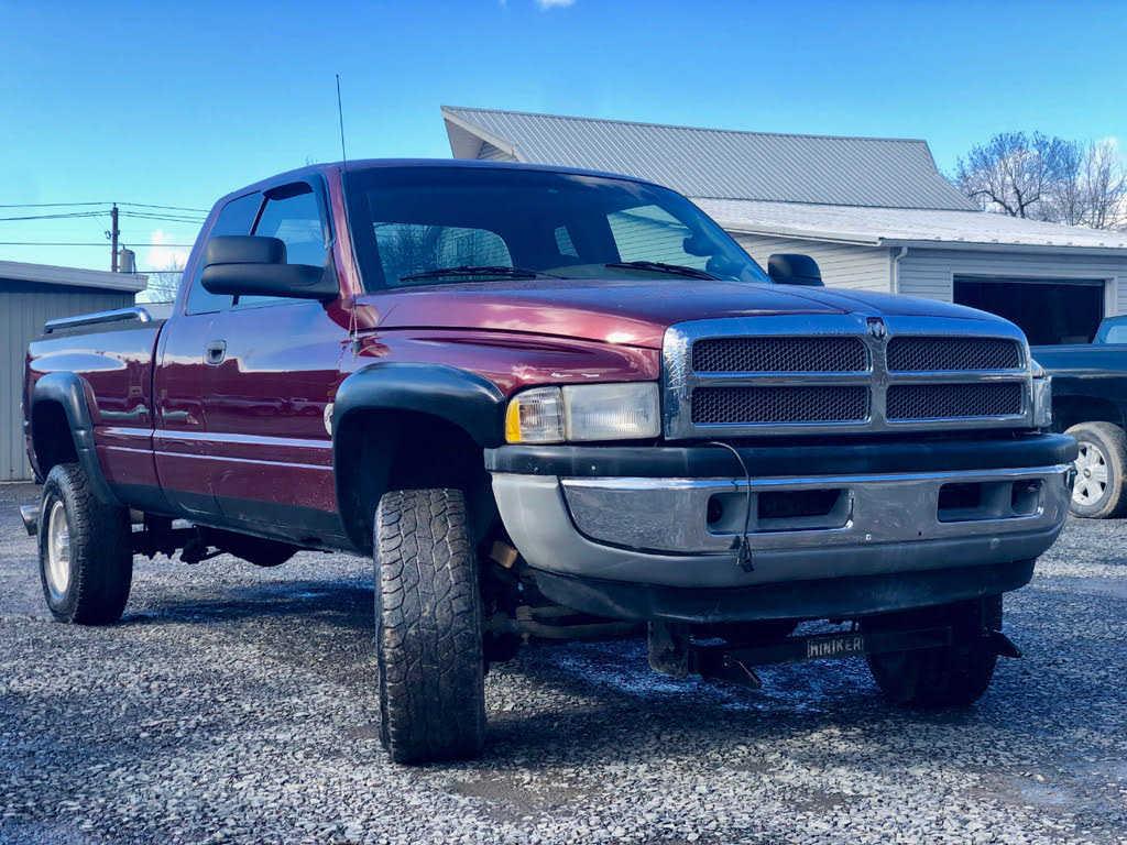 Dodge Ram 2500 2001 $9995.00 incacar.com