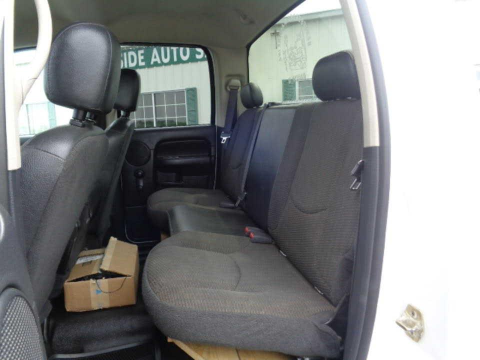 used Dodge Ram 2500 2004 vin: 3D7KU28C34G120390