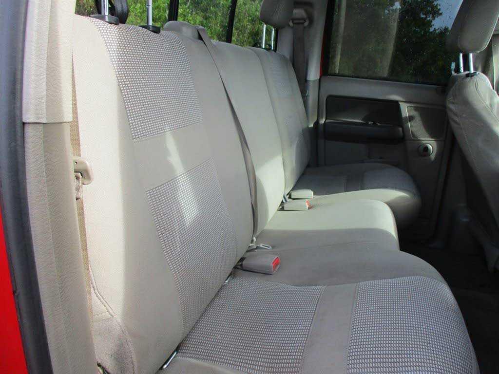 Dodge Ram 2500 2006 $12995.00 incacar.com