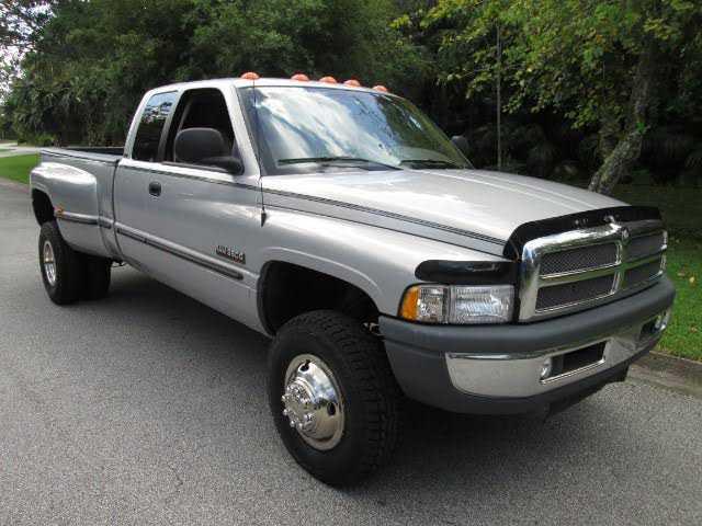 Dodge Ram 3500 1999 $20490.00 incacar.com