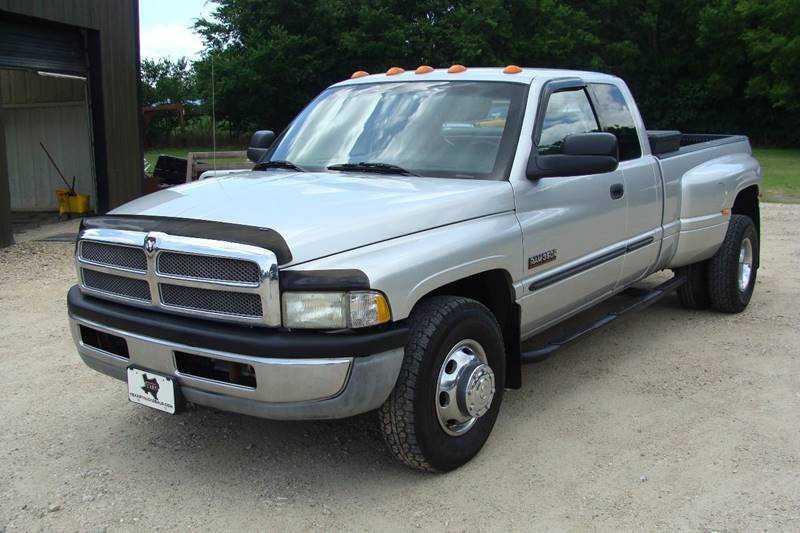 Dodge Ram 3500 2001 $18900.00 incacar.com