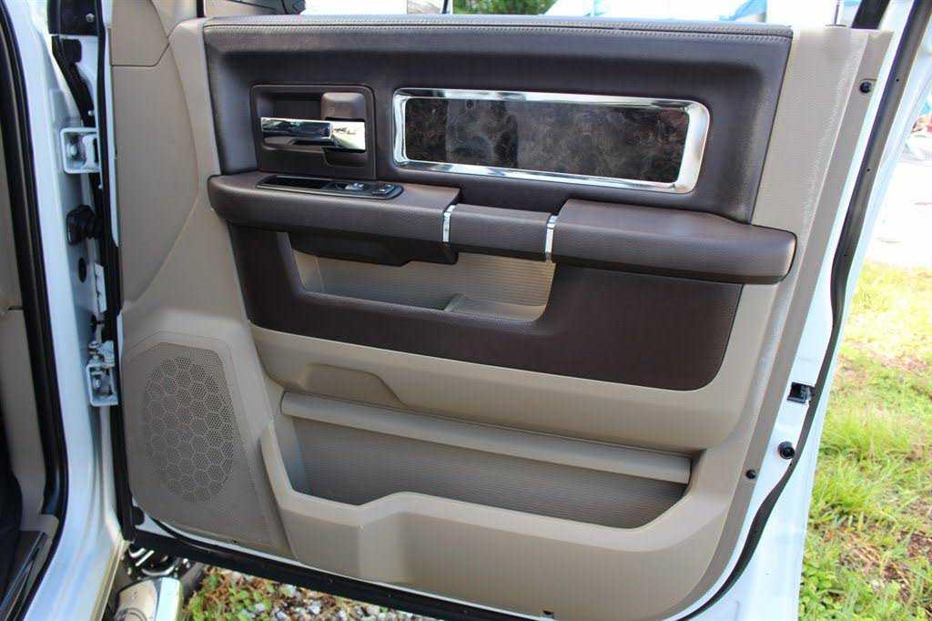Dodge Ram 3500 2011 $47995.00 incacar.com