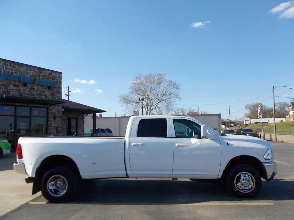 Dodge Ram 3500 2015 $15995.00 incacar.com