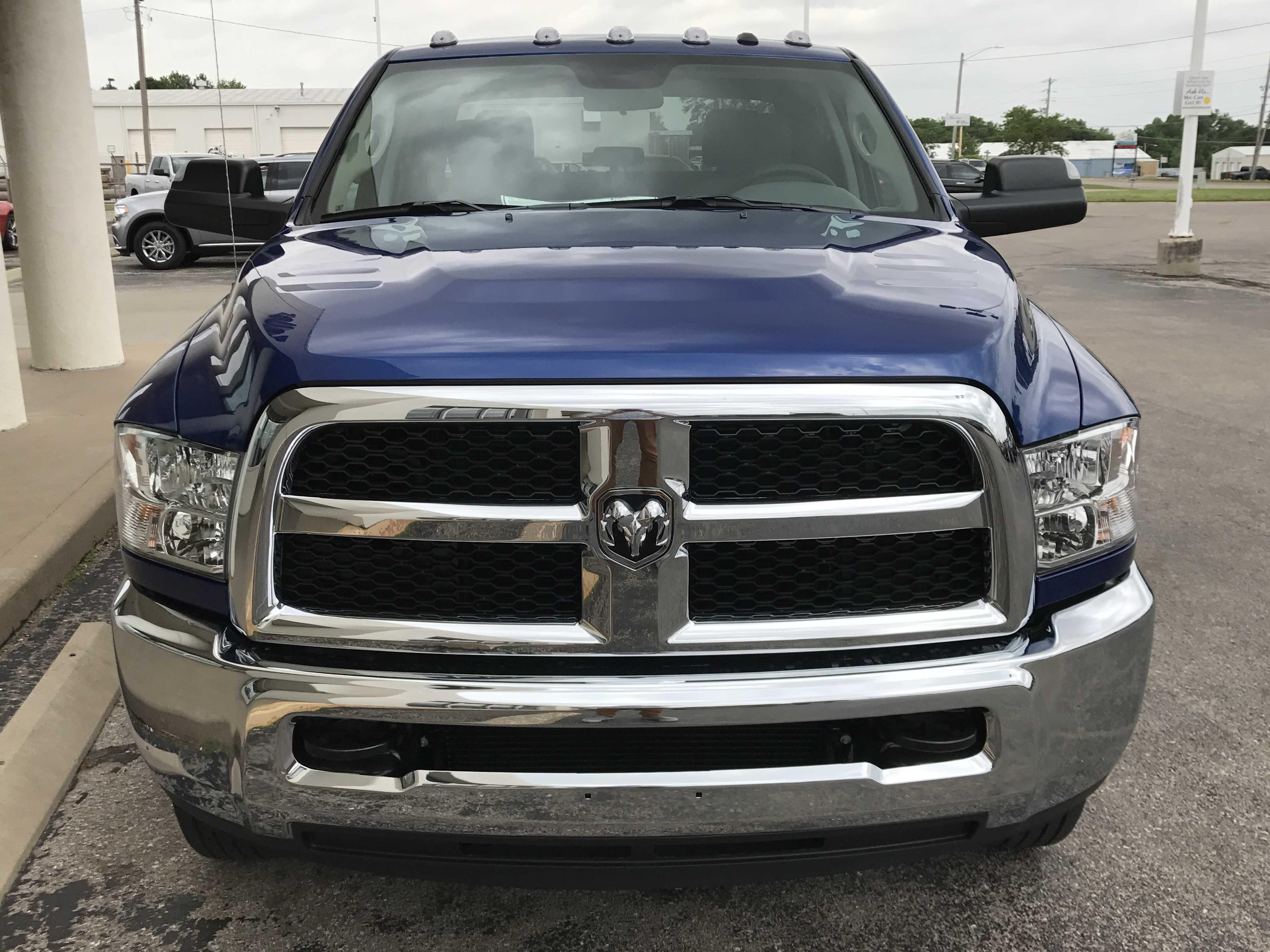 Dodge Ram 3500 2017 $55550.00 incacar.com