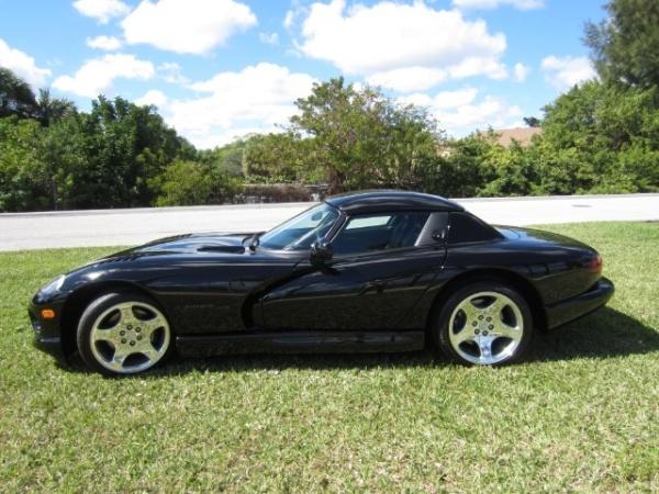 Dodge Viper 2000 $38901.00 incacar.com