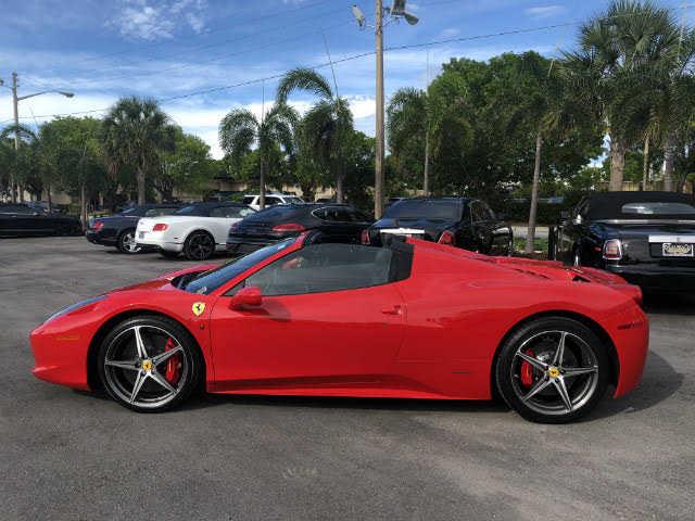 Ferrari 458 Italia 2015 $249900.00 incacar.com