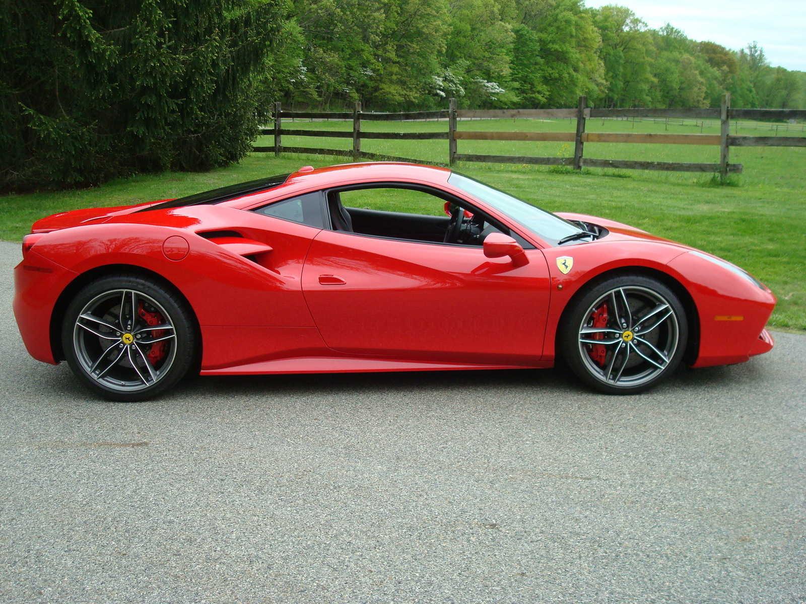 Ferrari 488 GTB 2017 $265000.00 incacar.com