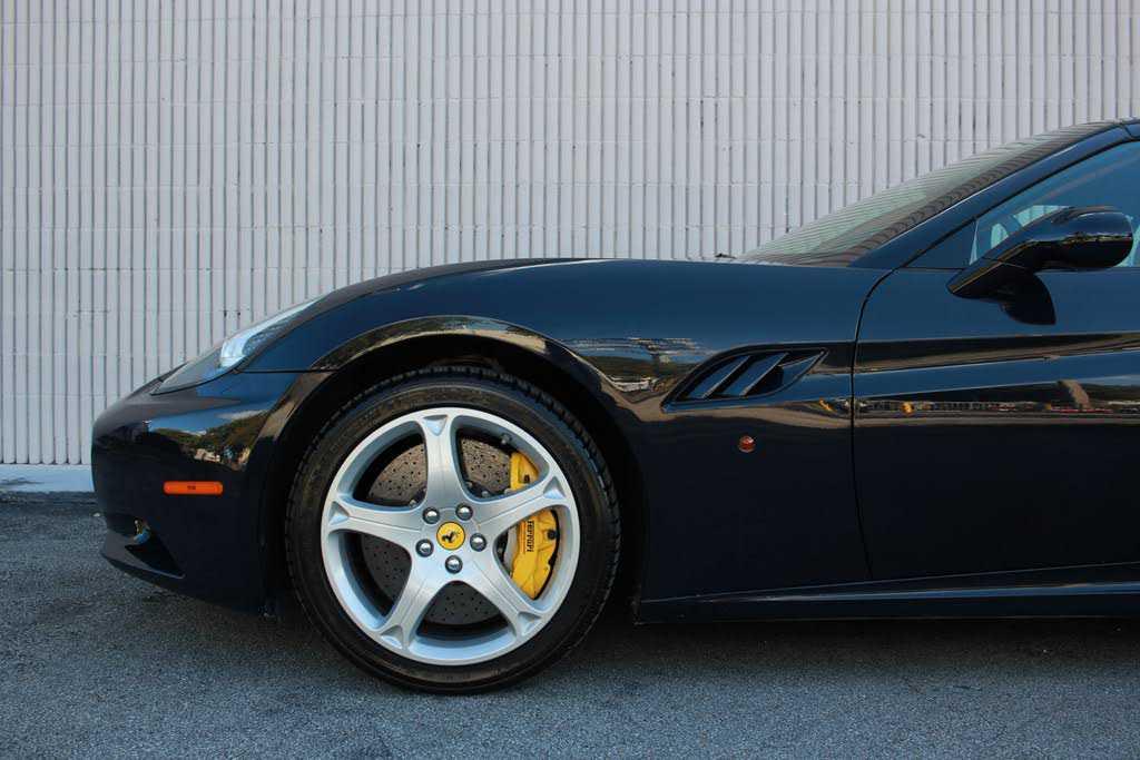 Ferrari California 2011 $105999.00 incacar.com