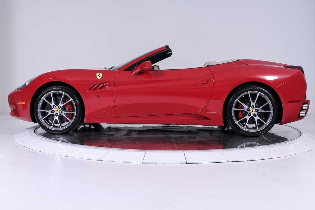 Ferrari California 2012 $114900.00 incacar.com