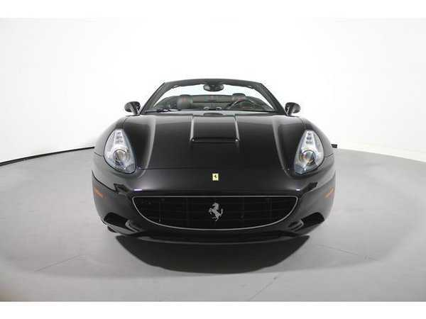 Ferrari California 2013 $139000.00 incacar.com