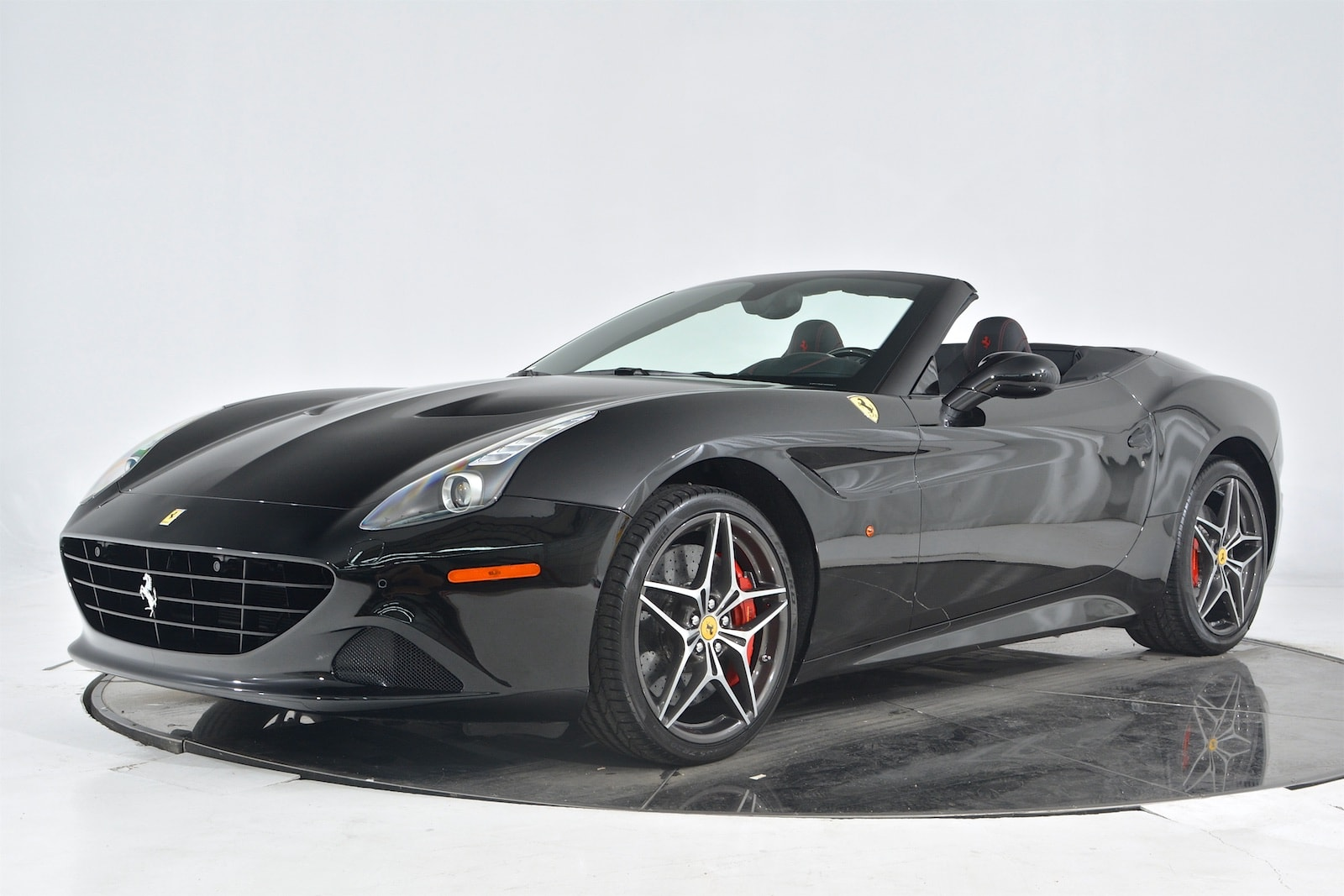 Ferrari California 2018 $209900.00 incacar.com