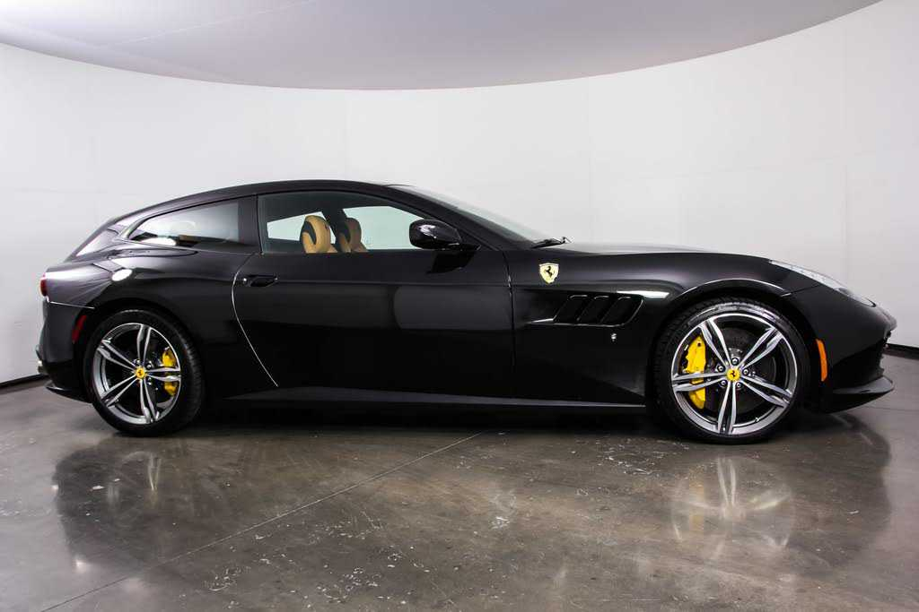 Ferrari GTC4Lusso 2018 $272900.00 incacar.com