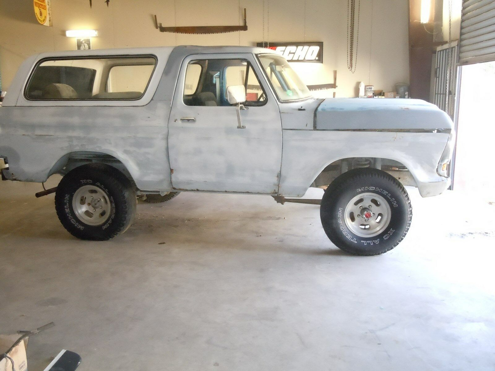 Ford Bronco 1978 $630.00 incacar.com