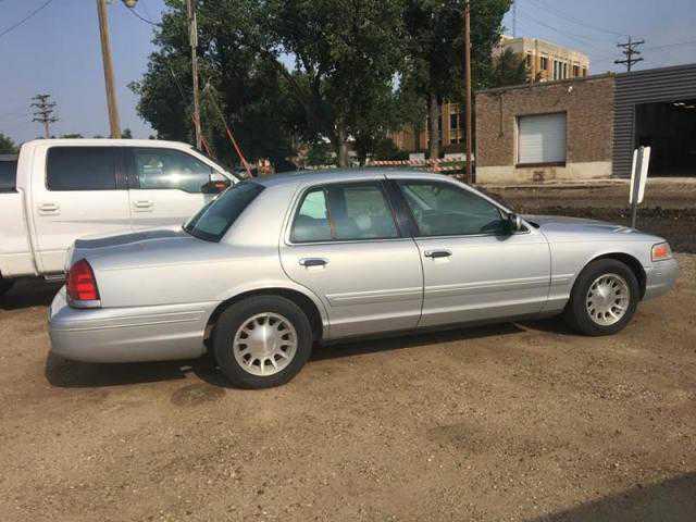 Ford Crown Victoria 1999 $3500.00 incacar.com