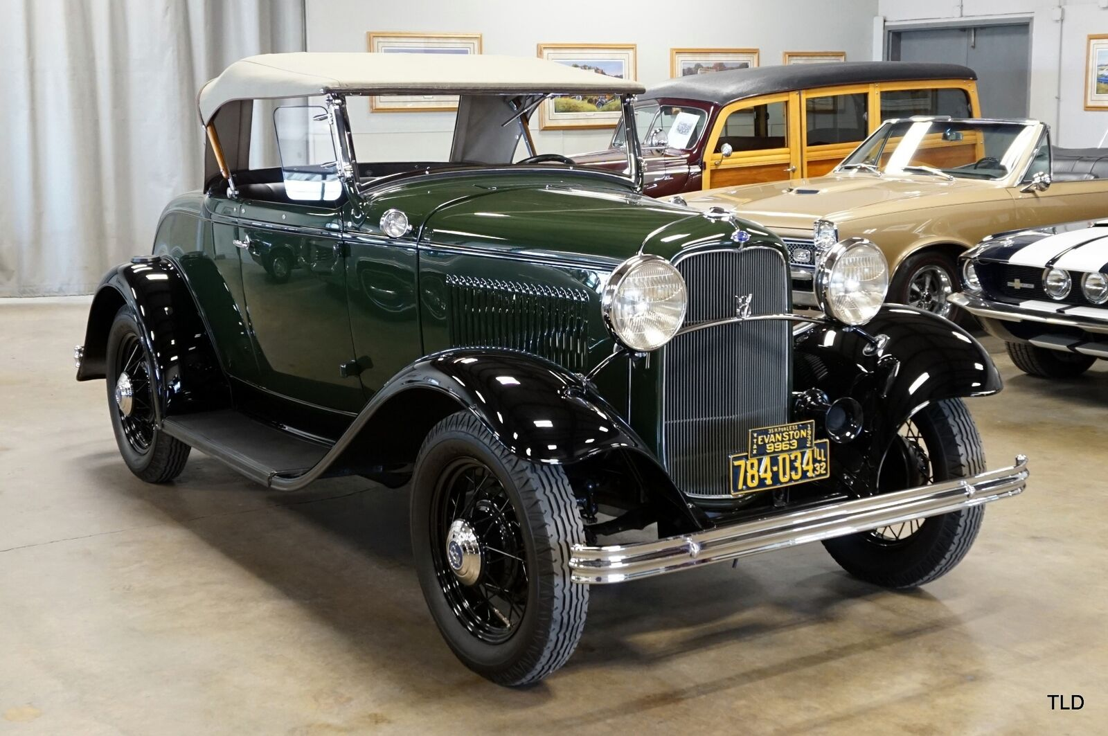 used Ford Deluxe 1932 vin: 1829498