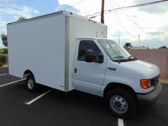 Ford E-350 2004 $9777.00 incacar.com