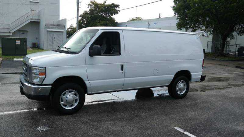 Ford E-350 2012 $10999.00 incacar.com