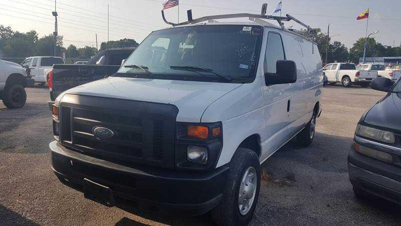 Ford E-Series 2011 $11995.00 incacar.com