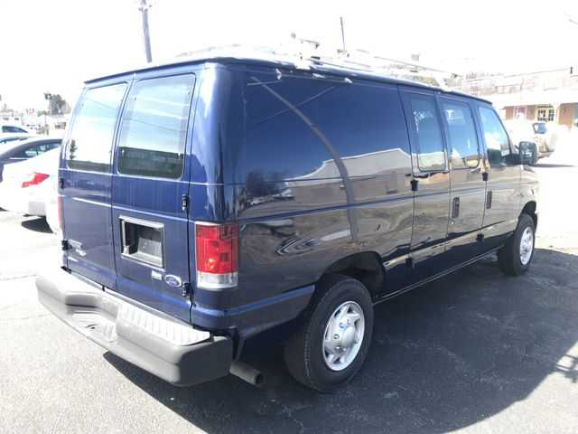 Ford E-Series 2012 $9995.00 incacar.com