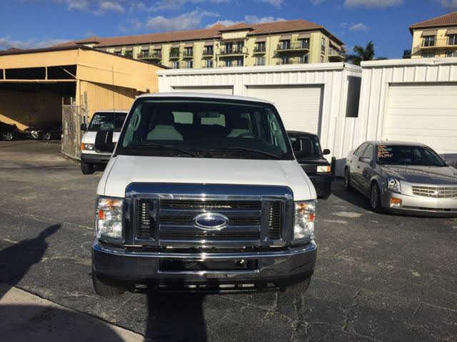 Ford E-Series 2013 $15900.00 incacar.com
