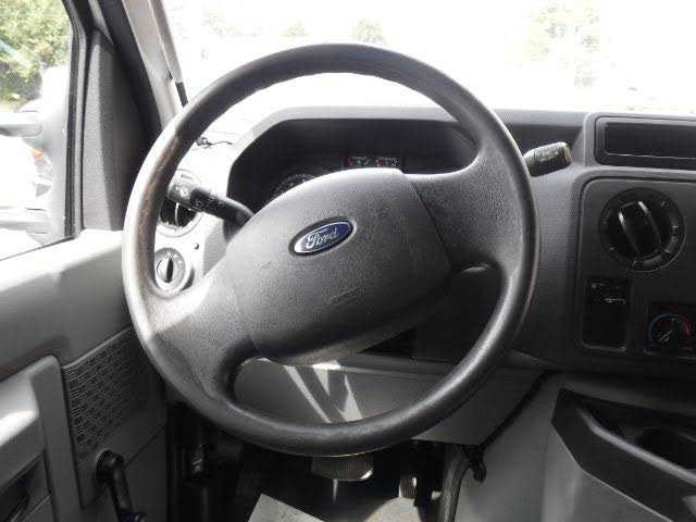 Ford E-Series 2013 $5995.00 incacar.com