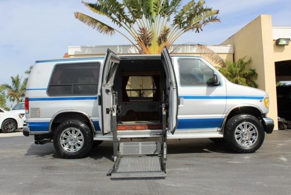 Ford Econoline 2000 $16970.00 incacar.com