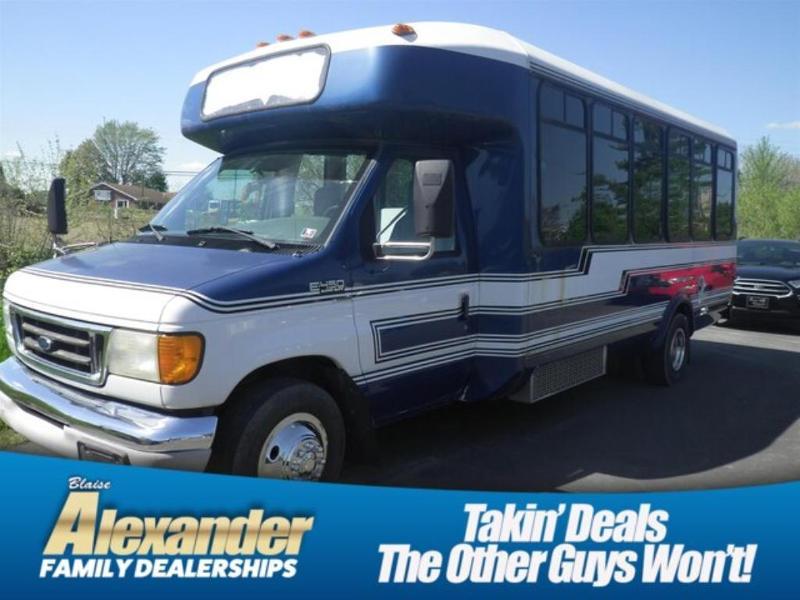 Ford Econoline 2003 $12977.00 incacar.com