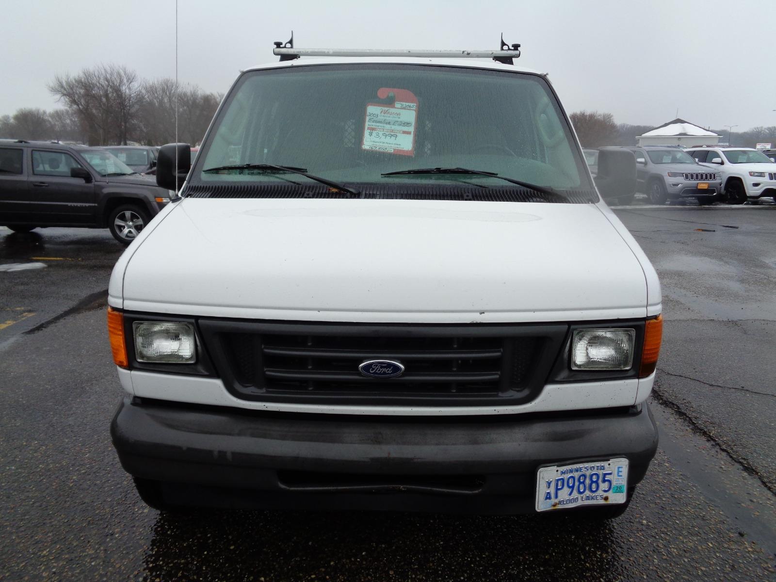 Ford Econoline 2003 $3777.00 incacar.com