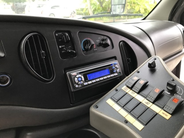 Ford Econoline 2006 $15900.00 incacar.com