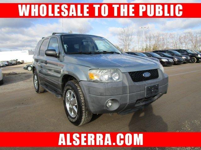 Ford Escape 2005 $3300.00 incacar.com