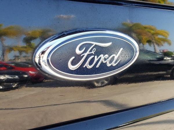 Ford Escape 2005 $3343.00 incacar.com