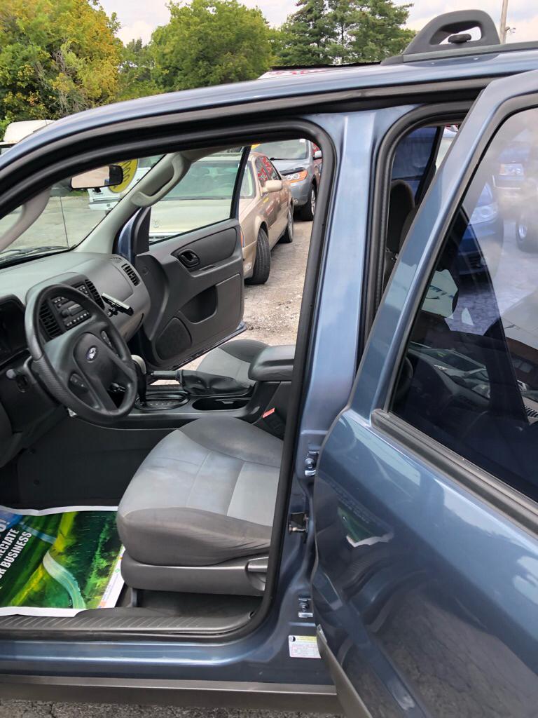 Ford Escape 2005 $3049.00 incacar.com
