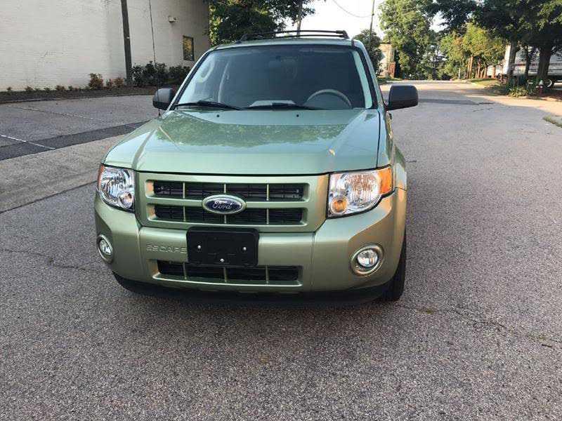 Ford Escape 2010 $3900.00 incacar.com