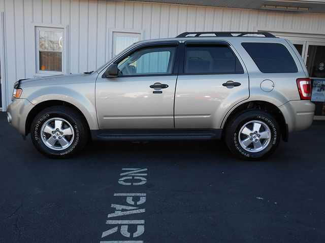 Ford Escape 2011 $9900.00 incacar.com