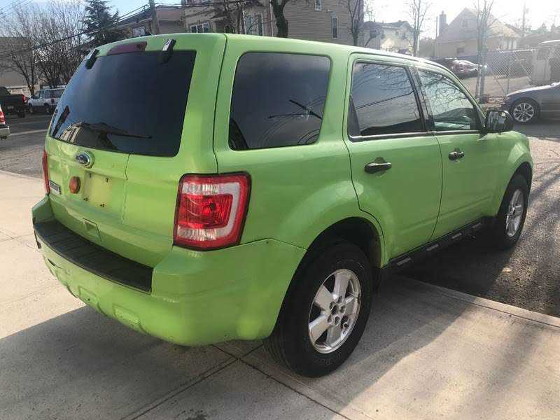 Ford Escape 2011 $2900.00 incacar.com