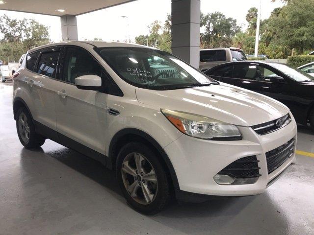 Ford Escape 2013 $8000.00 incacar.com
