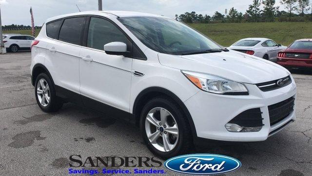 Ford Escape 2015 $15150.00 incacar.com