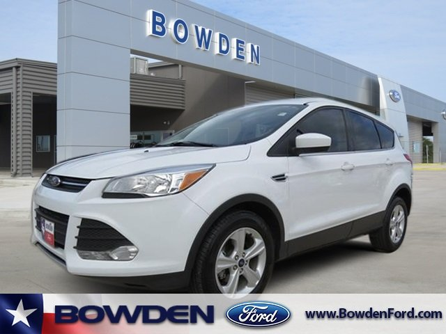 Ford Escape 2016 $14995.00 incacar.com