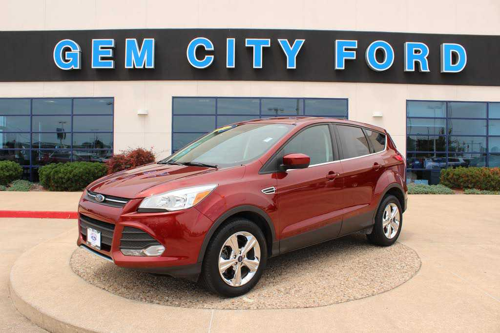 Ford Escape 2016 $19479.00 incacar.com