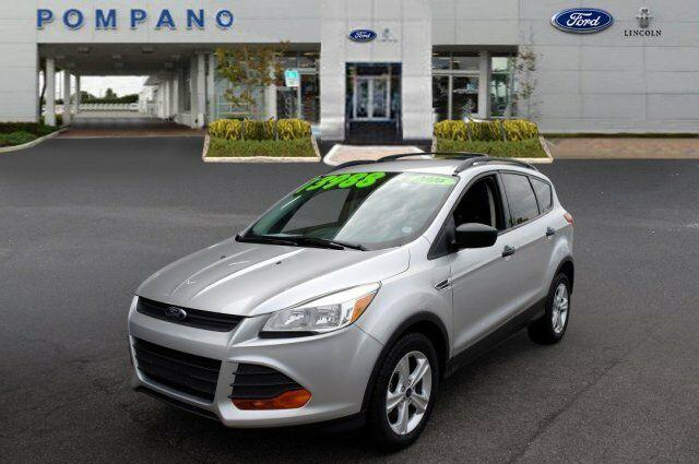 Ford Escape 2016 $11978.00 incacar.com