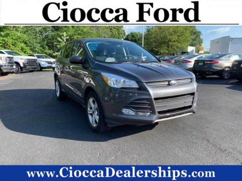 Ford Escape 2016 $16990.00 incacar.com