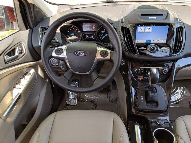 Ford Escape 2016 $18995.00 incacar.com