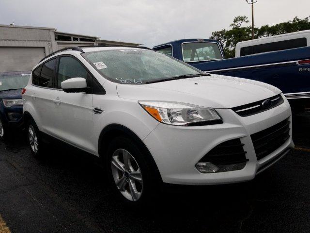 Ford Escape 2016 $18000.00 incacar.com