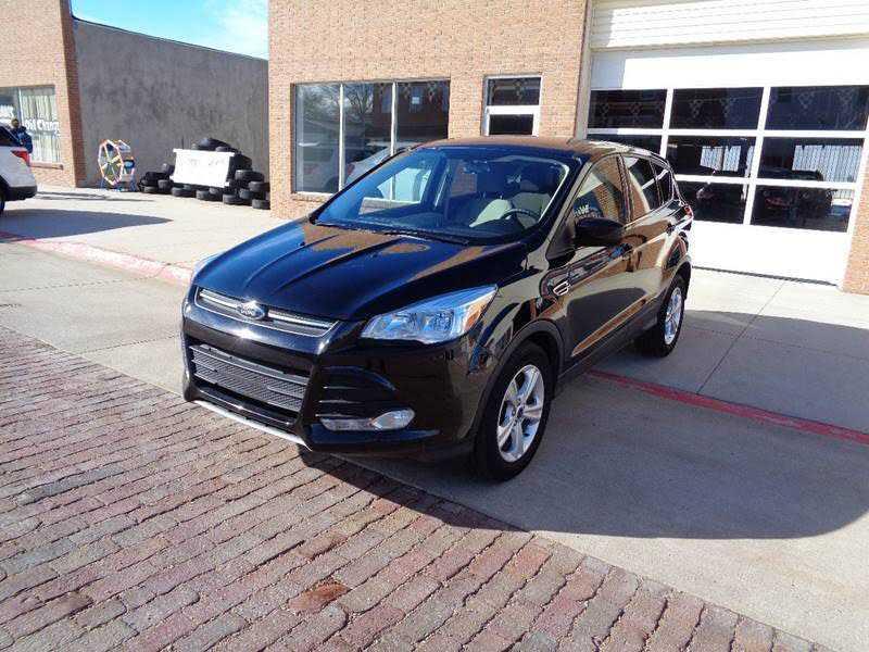 Ford Escape 2016 $14995.00 incacar.com
