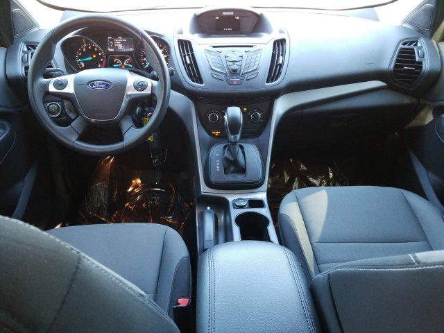 Ford Escape 2016 $14000.00 incacar.com