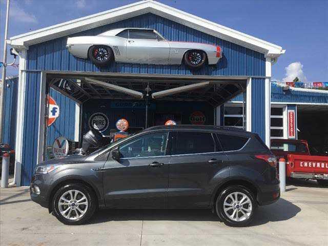 Ford Escape 2017 $16900.00 incacar.com